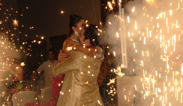 2L DJs - Asian Wedding DJs, Entertainment, Dhol Players and Bhangra/BollywoodDancers, Indoor Fireworks